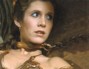 leia-with-chain-around-neck